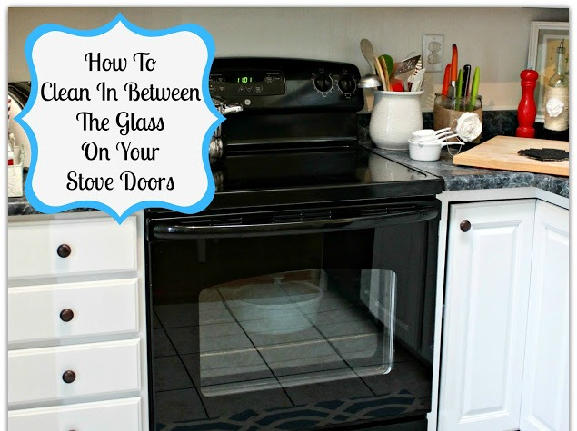 How To Clean In Between The Glass On Your Oven Doors @ www.mom4real.com