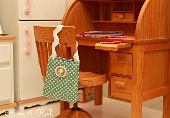 american-girl-doll-book-bag-tutorial8