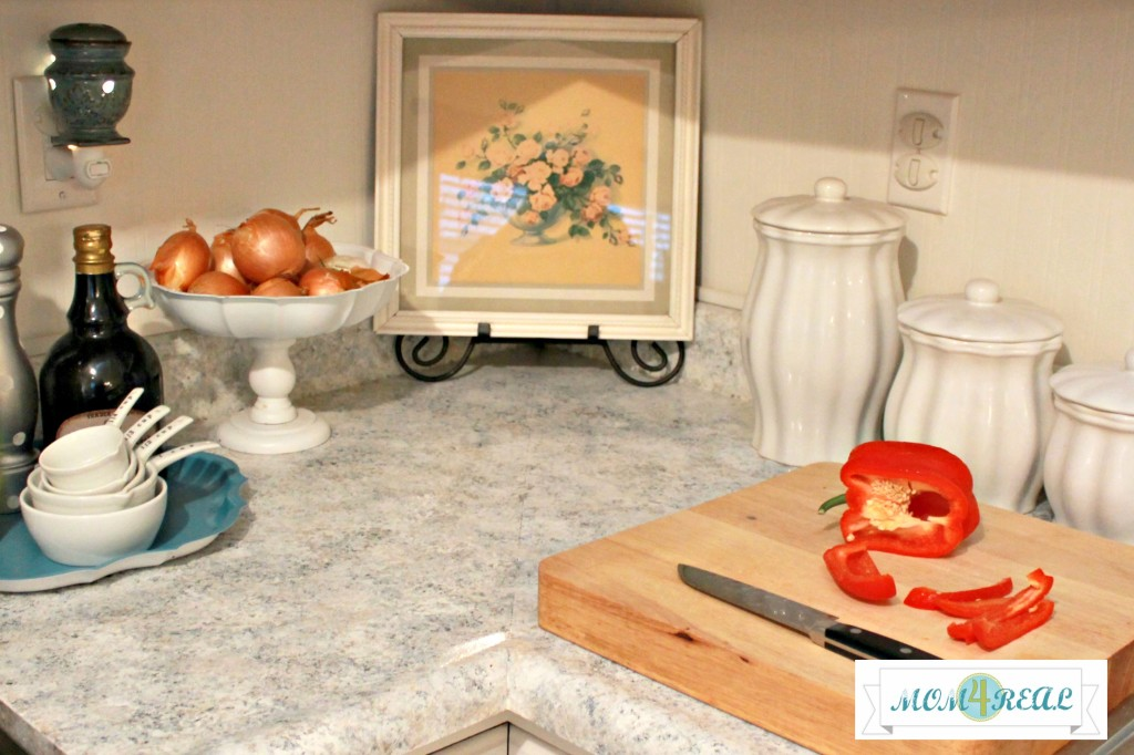 Paint Your Countertops at www.mom4real.com