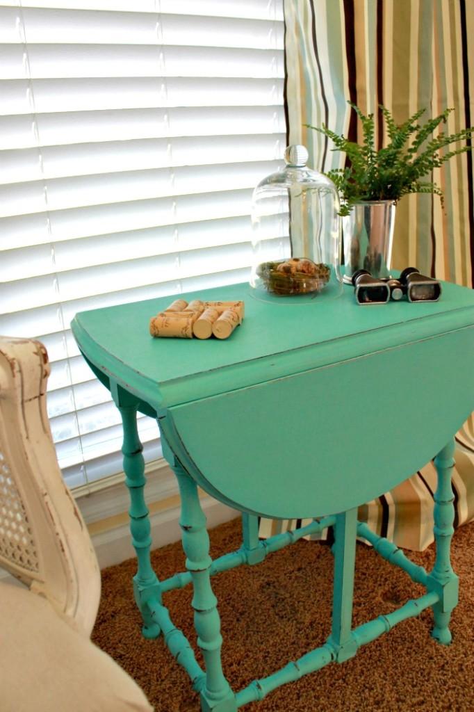 maison-blanche-paint-collette-side-table-10