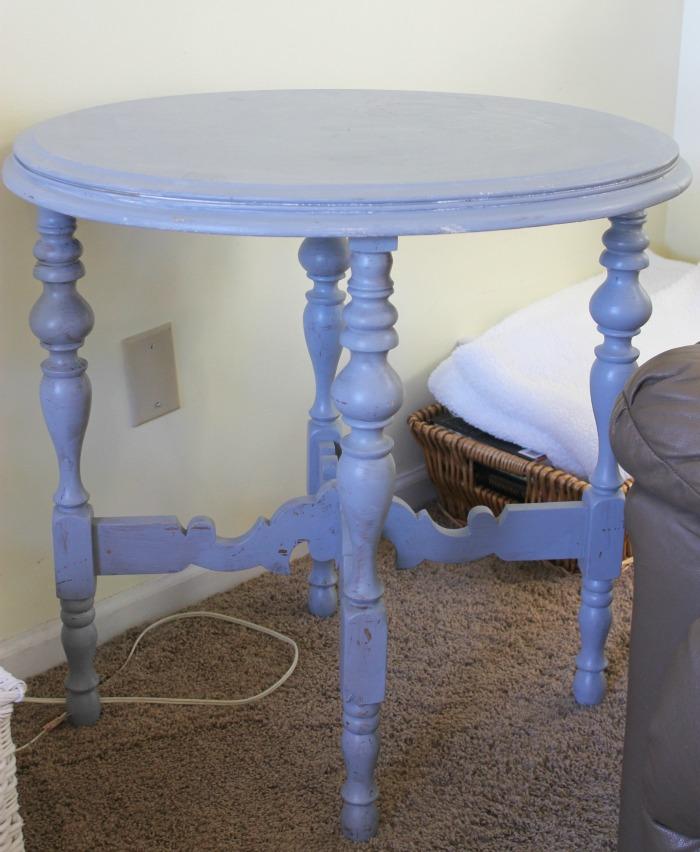 maison-blanche-paint-collette-side-table-9