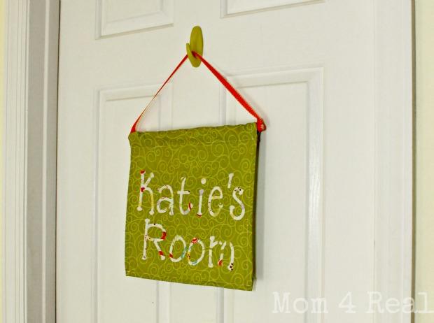 How to make a hanging door sign final & Make A Hanging Door Flag - Mom 4 Real Pezcame.Com