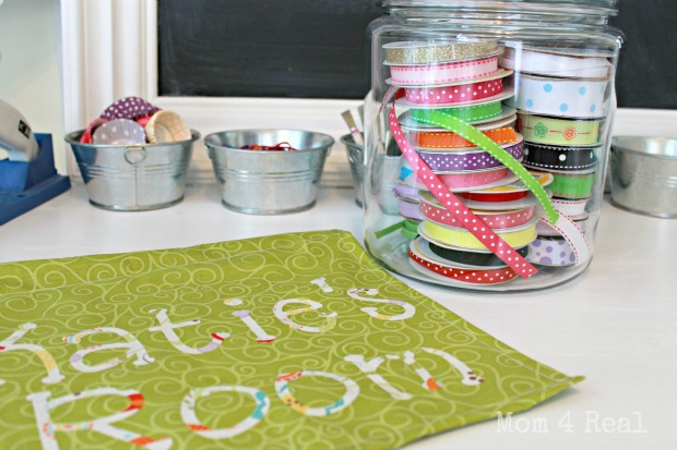 How to make a hanging door sign ribbon