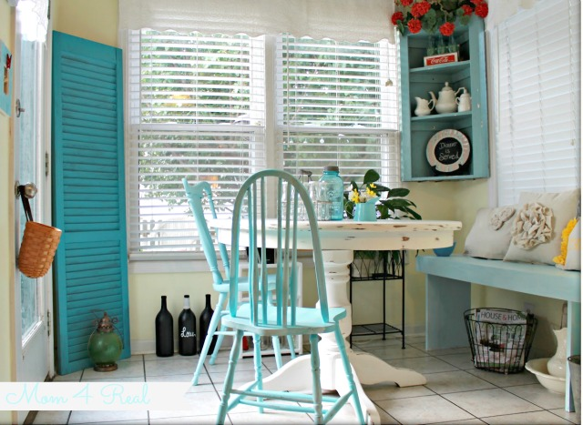 Breakfast Nook - Aqua and White