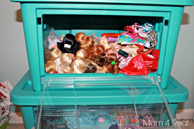 Organize Barbie Clothes