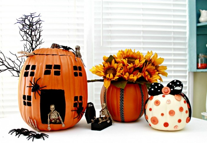 Pumpkin Decorating Ideas Using Faux Pumpkins - mom4real.com