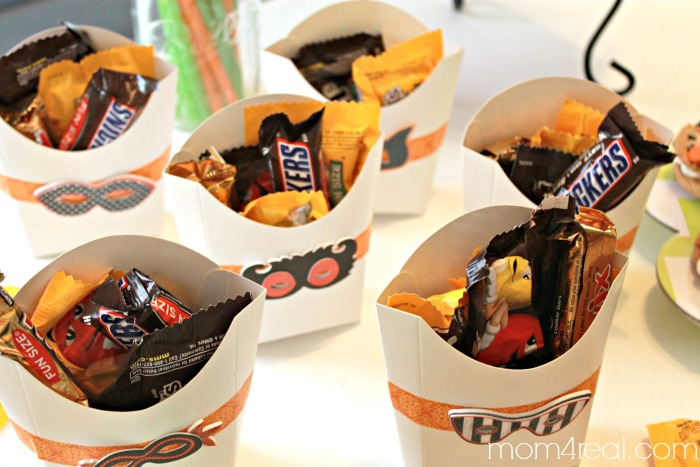 Fry Box Treat Boxes With Candy