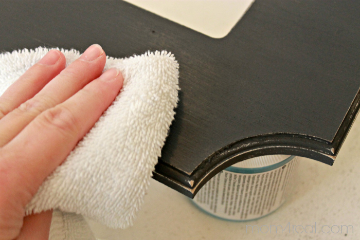 Buffing Wax and How to Use Chalky Paint