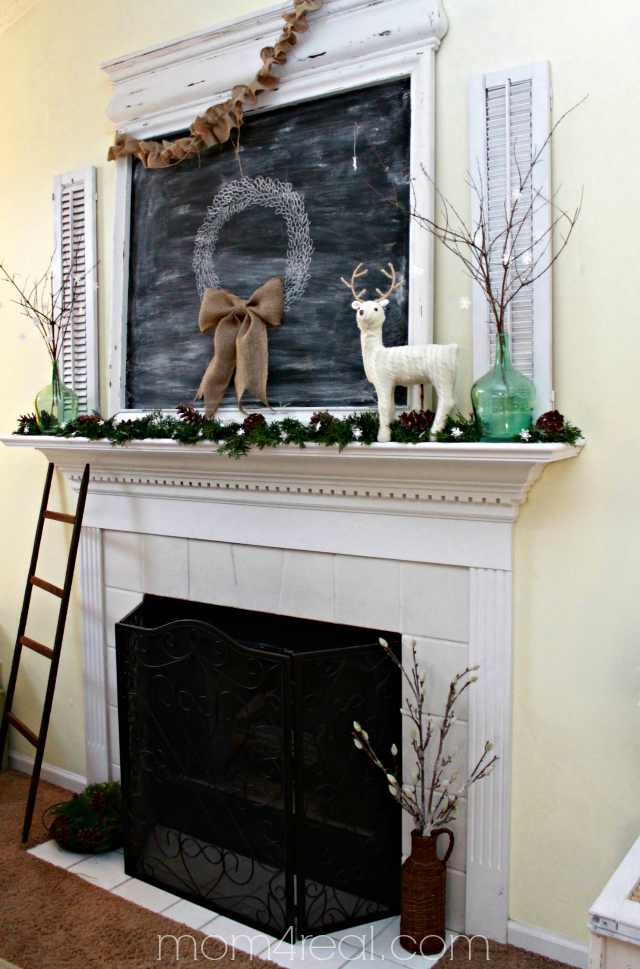 Christmas Mantel 2013 at mom4real.com