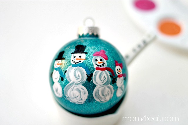 Cute Snowman Family Ornament
