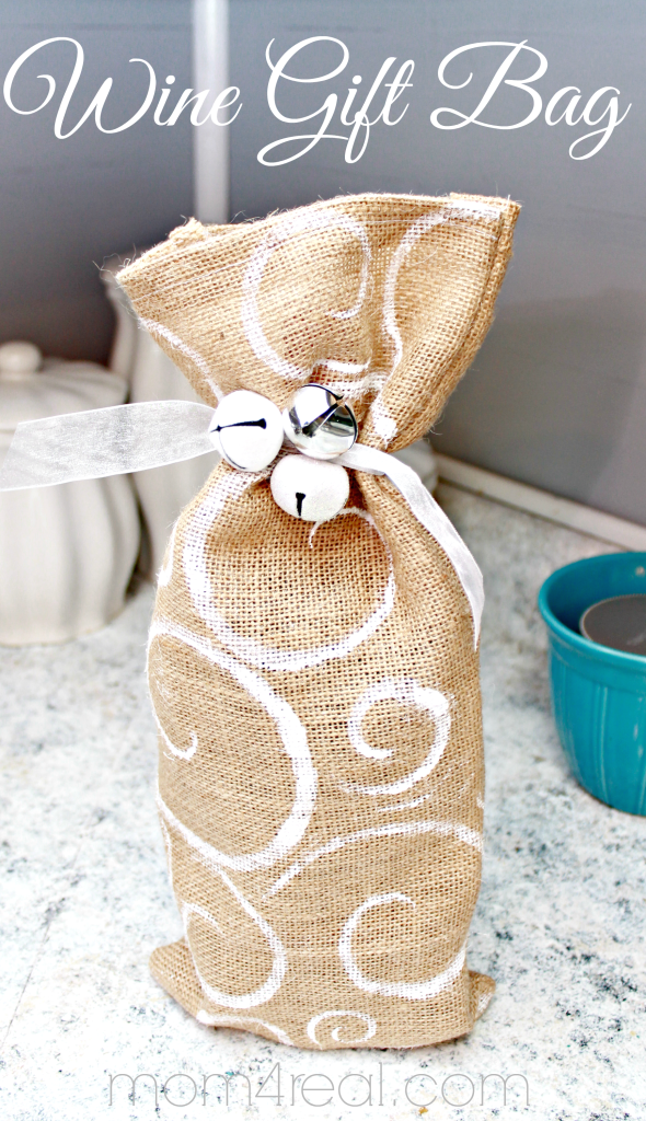 Make a Burlap Wine Gift Bag #shop