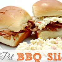 Easy Pulled Pork BBQ Sliders