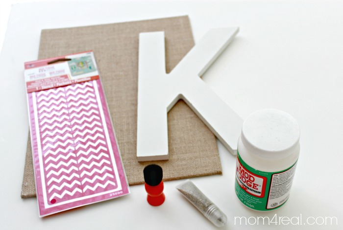 How to make a stenciled burlap monogram