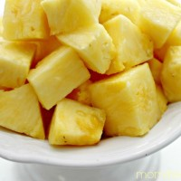 How To Cut A Pineapple Into Chunks In Minutes!