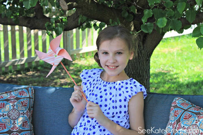 How to make a paper pinwheel with See Kate Create