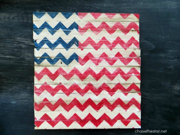 20 - Chase the Star - Chevron Wood Plank Flag