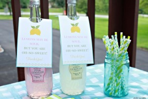 Lemonade Hostess Gift {with FREE printable tags!}