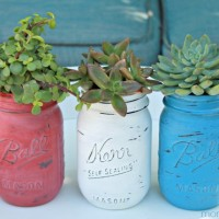 4th of July Painted Mason Jars ~ Succulent Planters