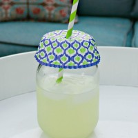 Use a cupcake liner to deter bugs from your drinks