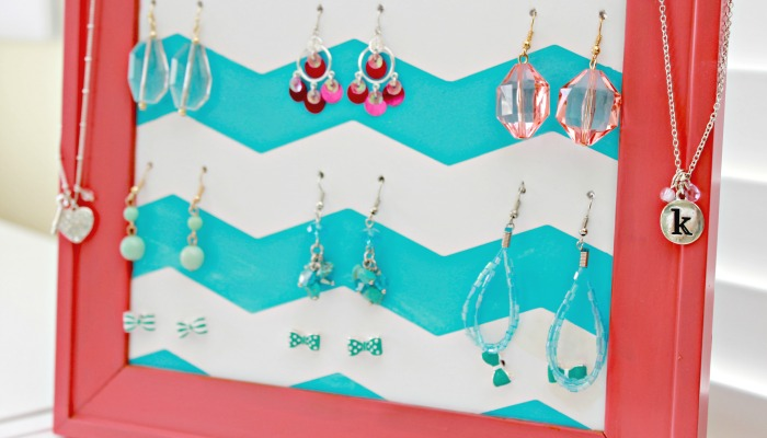 Make-Your-Own-Earring-Storage-Holder