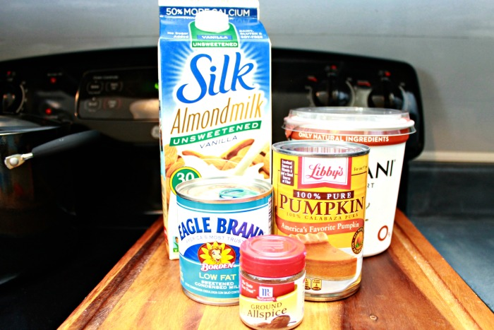 Pumpkin-Pie-Smoothie-Ingredients