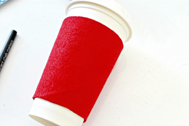 Make-a-felt-coffee-sleeve