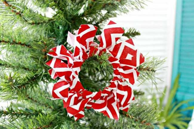 Mason Jar Ring Fabric Christmas Ornament – Day 3 of 12 Days of Christmas Ornaments