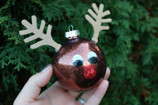 Rudolph Ornament - Day 12 of 12 Days of Christmas Ornaments - Mom 4 Real