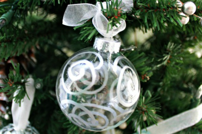 Silver-Painted-Glass-Christmas-Ornaments