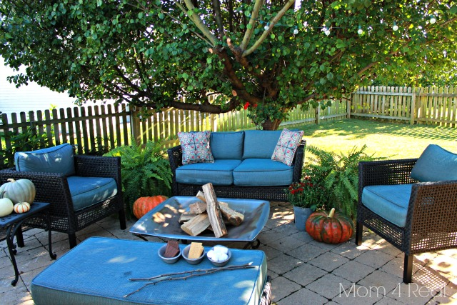 Fall-Patio-Decor