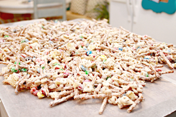 Chex Mix Christmas.White Chocolate Chex Mix Recipe Mom 4 Real