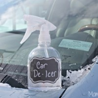 Homemade-Car-De-Icing-Spray