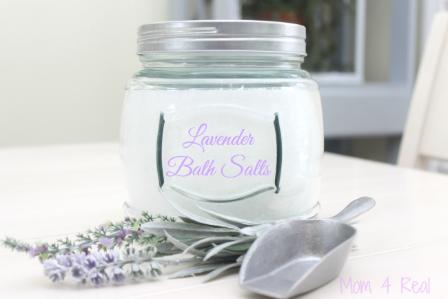 http://www.mom4real.com/wp-content/uploads/2015/02/Lavender-Bath-Salts.png