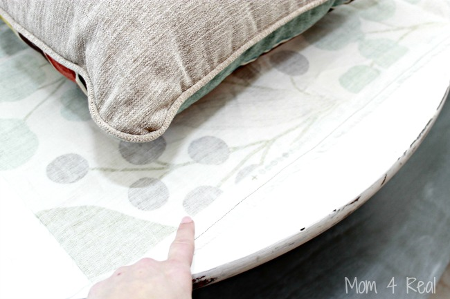 The-easy-way-to-make-no-sew-pillow-covers