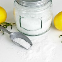 Rosemary Lemon Bath Salts – Soak and Detox