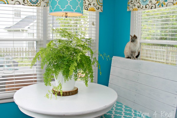 Aqua and White Breakfast Nook - Mom 4 Real Blog