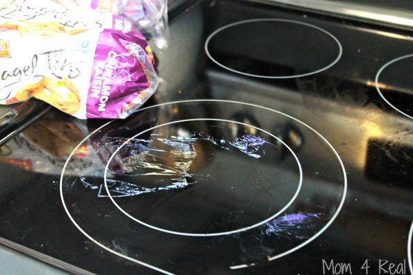 http://www.mom4real.com/wp-content/uploads/2015/07/Clean-Burned-Plastic-Stove.jpg