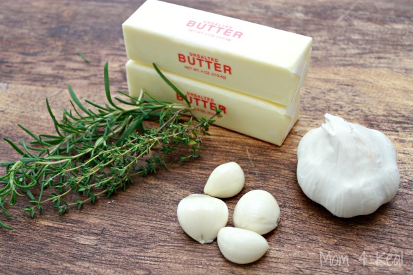 How To Make Garlic and Herb Compound Butter - Simple Recipe - Mom 4 ...