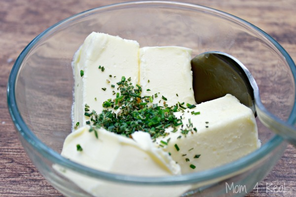 How To Make Garlic and Herb Compound Butter - Simple Recipe