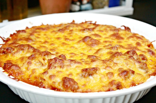 http://www.mom4real.com/wp-content/uploads/2015/07/baked-spaghetti-casserole-recipe.jpg
