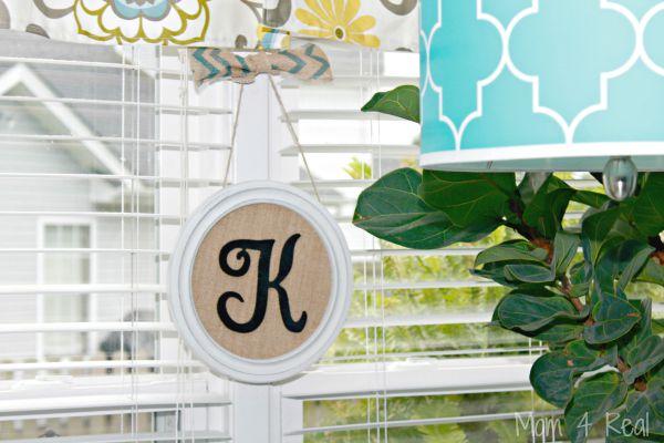 Hanging-Monogram