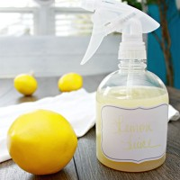 Lemon-Juice-All-Natural-Arm-Pit-Sweat-Stain-Remover-whitener