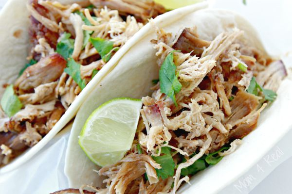 http://www.mom4real.com/wp-content/uploads/2015/08/Pulled-Pork-Carnitas-Tacos-Recipe.jpg