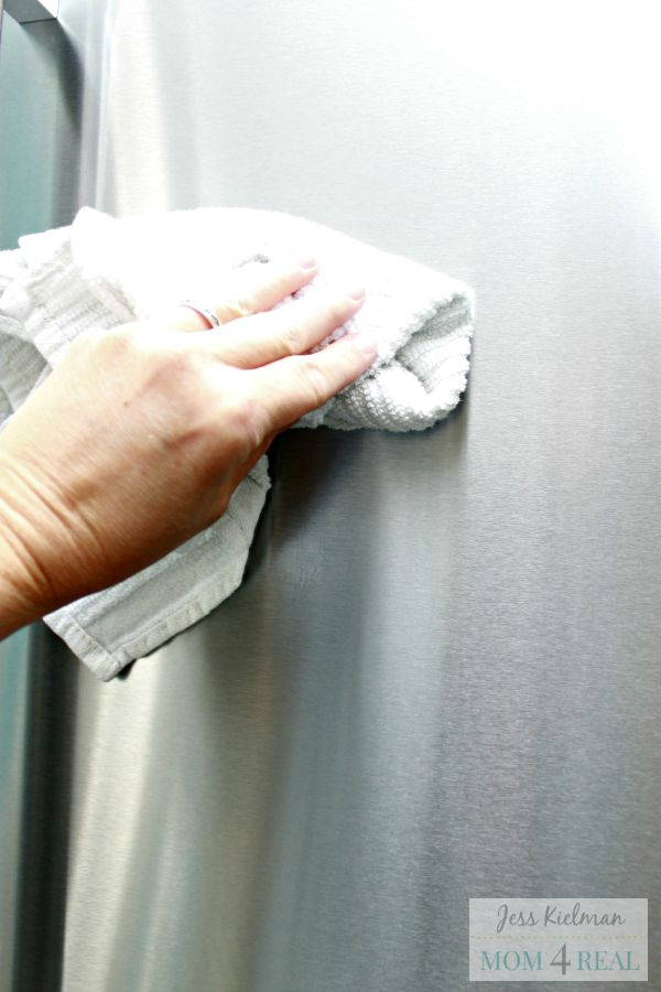 How To Clean Stainless Steel And Keep It Smudge Fingerprint Free Naturally