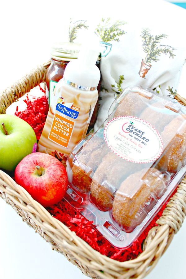 Giving gifts to those that you appreciate is always a great idea! Here is a simple, yet wonderful Fall Gift Basket Idea!