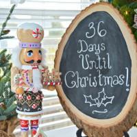 Wood Slice Christmas Countdown Sign