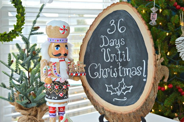 Wood Slice Christmas Countdown Sign