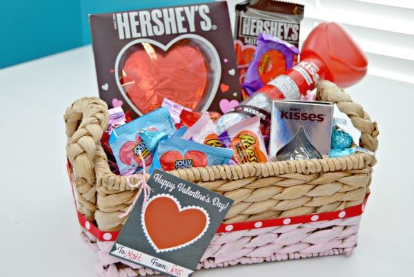 Hersheys-Valentines-Basket