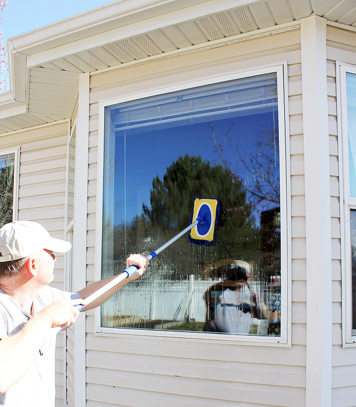 Streak Free Window Washing by One Good Thing by Jillee