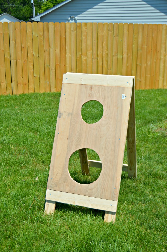 How To Build A DIY Football Toss